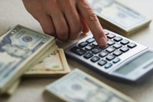 Кто выносит решение о выдаче кредита?